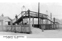 mers_18_footbridge_at_station_1906