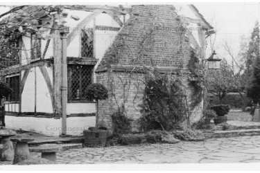 LEI 07 Priests House 1938