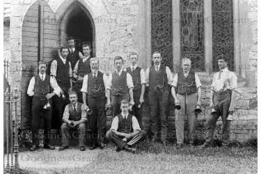bet_472_bellringers_c1900