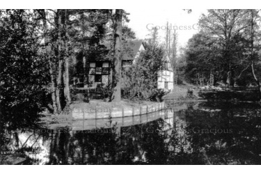 oak_15__black_and_white_cottage_1929__1-6-107